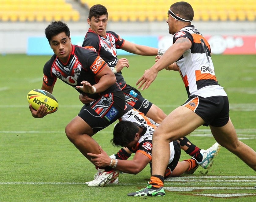 Injury has again ruled centre  Lafu Feagaiga out of the Vodafone Junior Warriors' clash against the Bulldogs today. Photo: www.photosport.co.nz