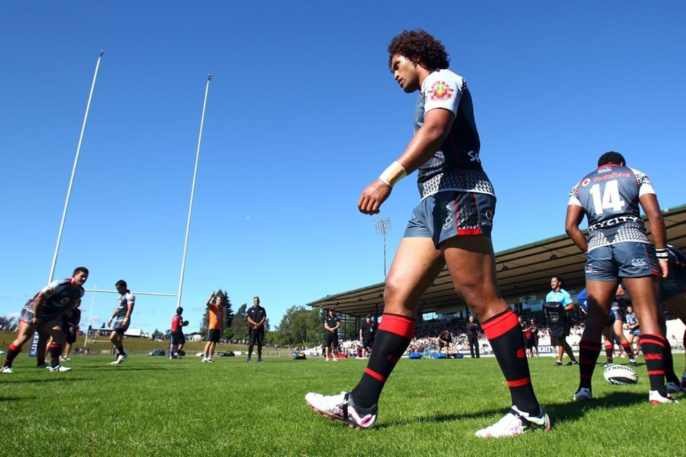 Winger Manu Vatuvei warming up with the Vodafone Warriors before their last NRL trial in Rotorua in 2011. Image | www.photosport.co.nz