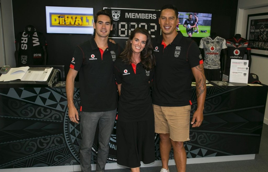 Welcome to the Vodafone Warriors' 2016 memberships  team - Andrew Purdie (left)