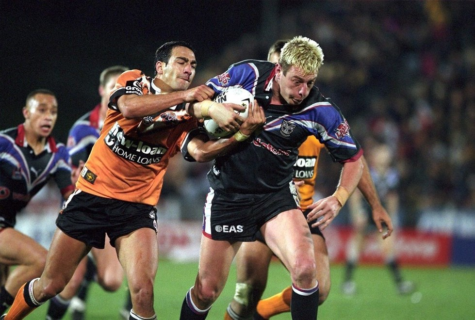 Justin Morgan in action during the rugby league NRL match between the Warriors and the Tigers, 06 September, 2002. Photo: Hannah Johnston/PHOTOSPORT