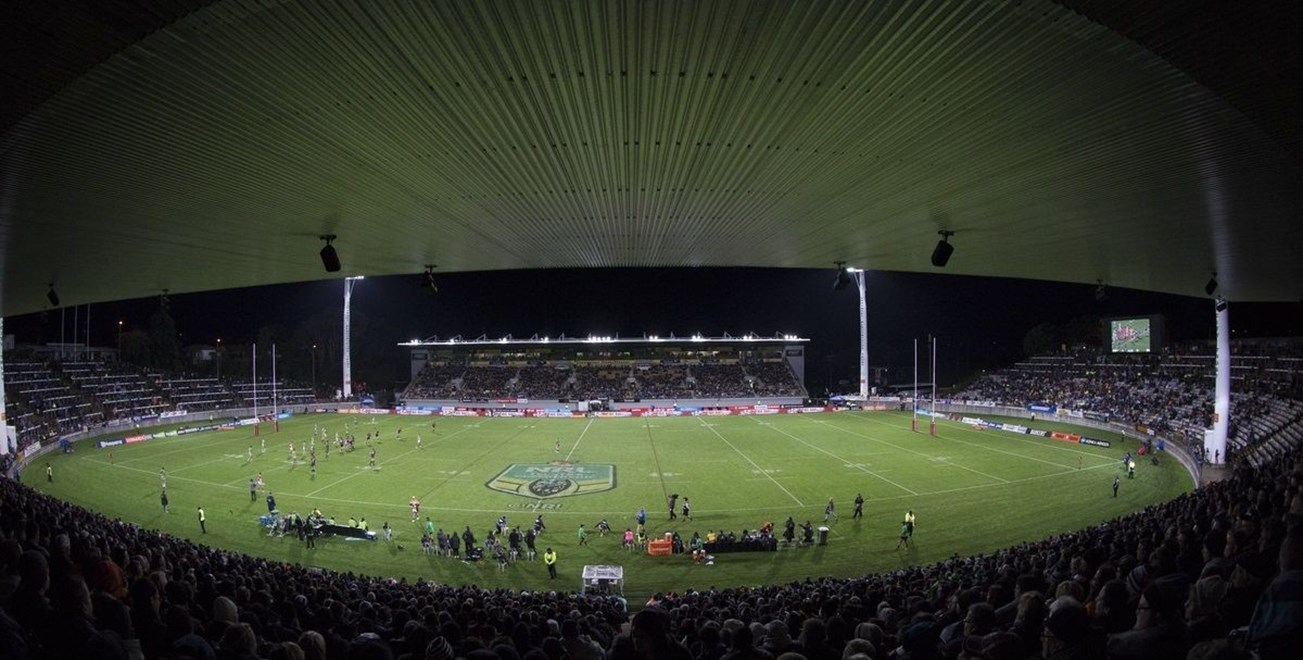 Yarrow Stadium. NRL Rugby League match between the Vodafone Warriors and Canberra Raiders, Yarrow Stadium, New Plymouth,  New Zealand. Saturday, 21 May, 2016. Copyright photo: John Cowpland / www.photosport.nz