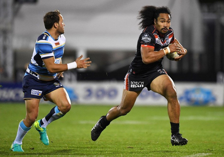 Rookie Bunty Afoa starts in the second row against the Manly Sea Eagles in Perth tonight. Image | www.photosport.nz