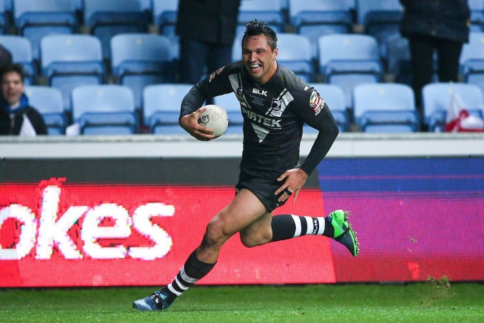 05/11/16 - Rugby League - 2016 Ladbrokes Four Nations - New Zealand v Australia - Ricoh Arena, Coventry, England - New Zealand's Jordan Rapana runs in for a try. Copyright photo: Alex Whitehead / www.photosport.nz