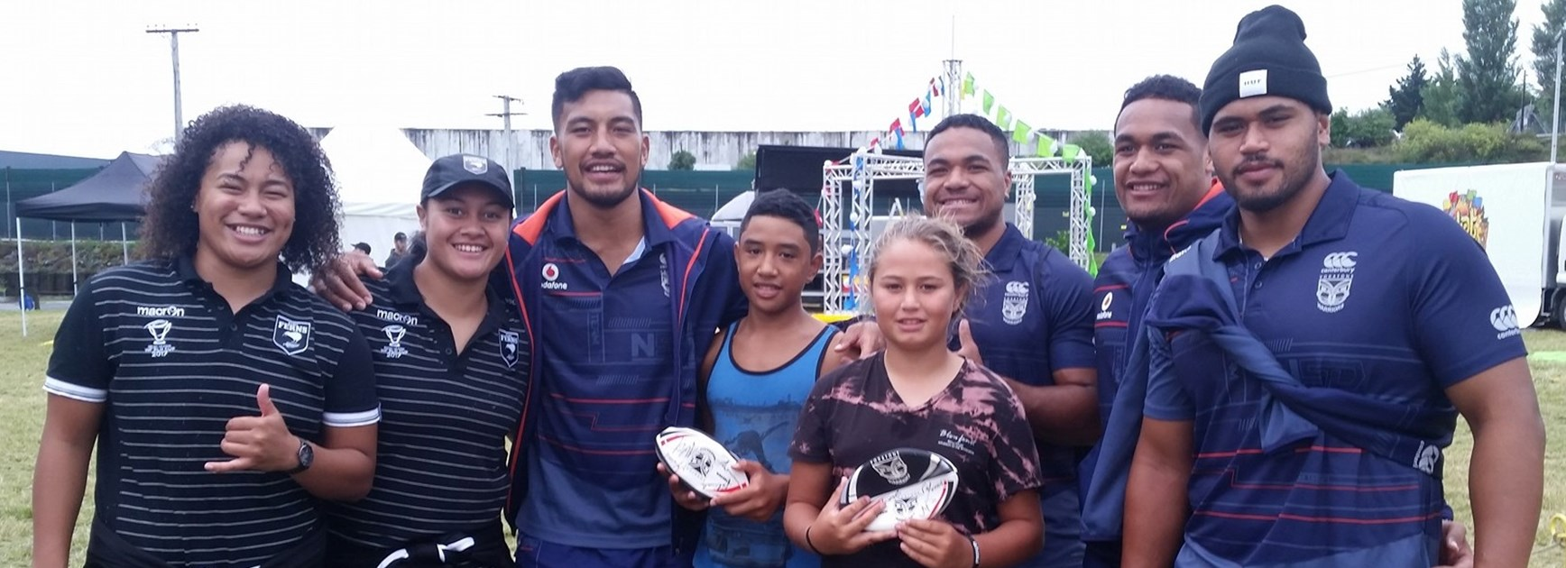 Vodafone Warriors appear at club registration days