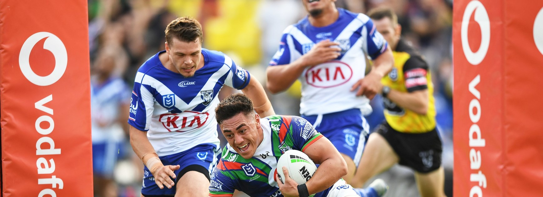 Emotional Warriors put on a show to thump Bulldogs