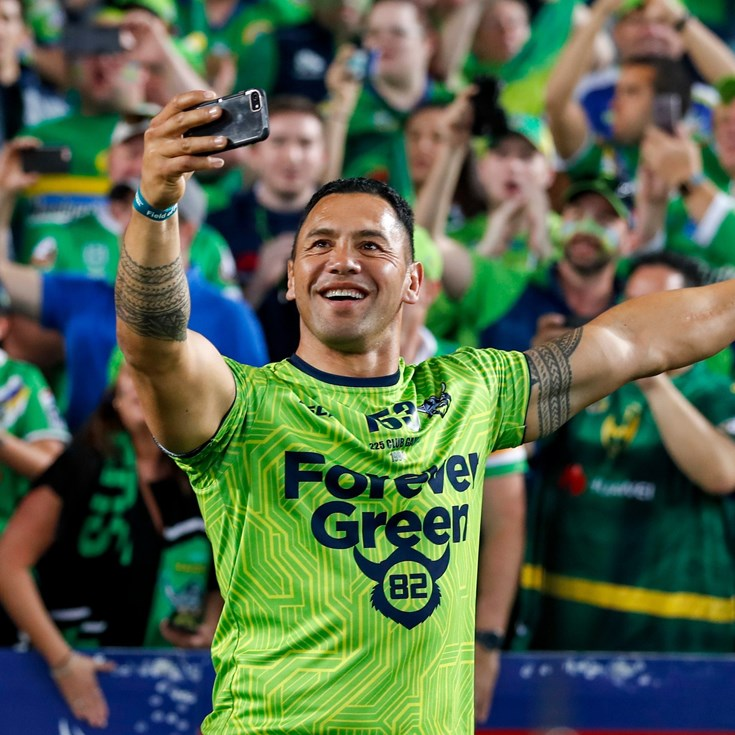 Kiwis on grand final day in pictures