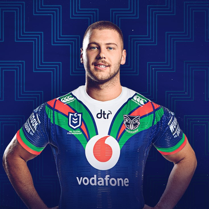 Sironen signs with Vodafone Warriors until 2023